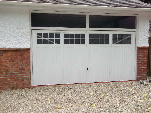 Garador Salisbury double retractable garage door